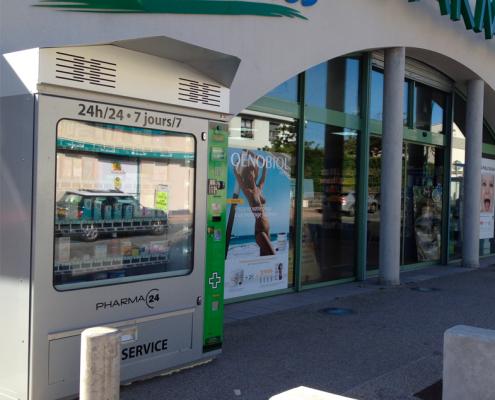 distributore esterno per farmacia