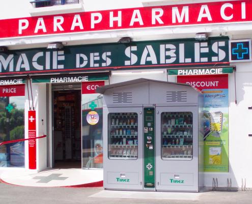 distributore esterno farmacia
